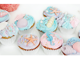 12 MERMAID THEMED CUPCAKES
