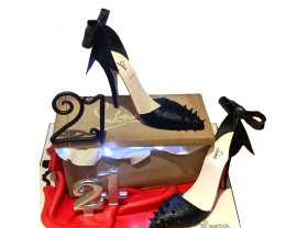 LOUBOUTIN BOW STYLE HEELS & BOX